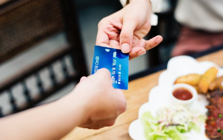 Is the move to a cashless world a good thing? We look at the pros and cons